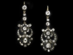 Antique Earrings: The Romantic Period 1837 - 1860