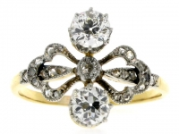 Belle Époque Diamond Ring in Platinum and Gold, Circa 1905.