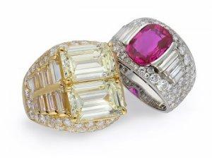 The iconic Bulgari Trombino ring design.