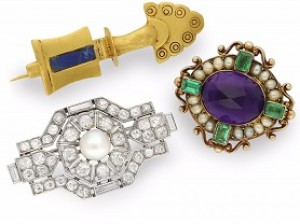 The versatility of brooches!