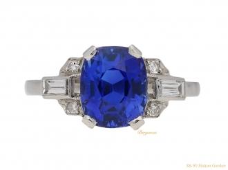 front-view-vintage-diamond-sapphire-ring-berganza-hatton-garden
