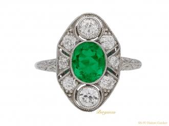 front-view-antique-diamond-emerald-engagement-ring-berganza-hatton-garden