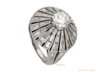 front-view-vintage-diamond-cluster-ring-berganza-hatton-garden