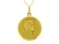 Gold pendant necklace by P. Lasserre, French, circa 1915.