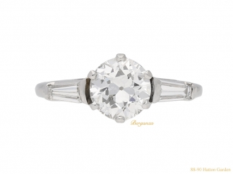 front-view-Vintage-diamond-engagement-ring-berganza-hatton-garden