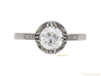 front-view-vintage-diamond-engagement-ring-berganza-hatton-garden