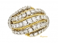 front view Diamond cocktail ring by Van Cleef & Arpels