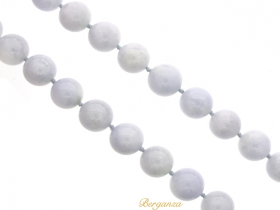 front-veiw-Natural lavender jade bead necklace with diamond set clasp