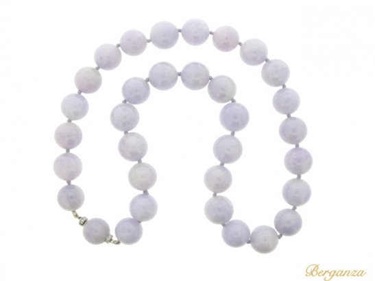 full-view-Natural lavender jade bead necklace with diamond set clasp