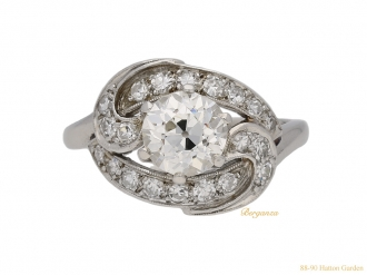 front-ornate-diamond-cluster-ring-berganza-hatton-garden