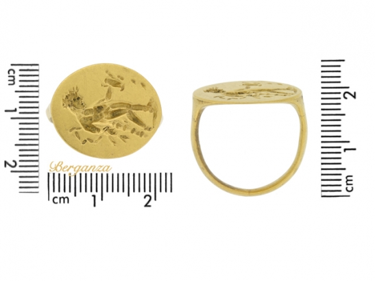 size view Ancient Greek gold ring with Apollo, circa 4th century BC.