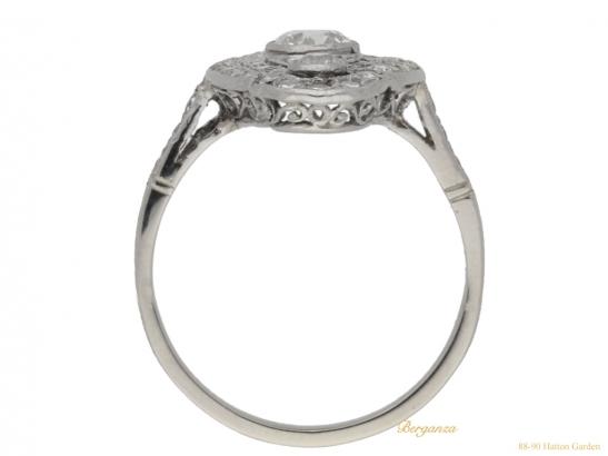 back-view-Belle-Epoque-diamond-cluster-ring,-circa-1905.-hatton-garden-berganza