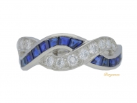 front view Oscar Heyman Brothers sapphire and diamond ring, circa 1970s.