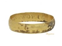 front view Post Medieval gold posy ring 'TAKE THIS IN GOOD WORTH', circa 16th-17th century.