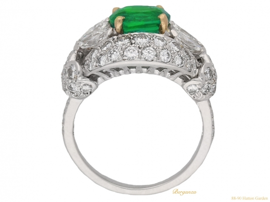 back-view--Emerald-and-diamond-cluster-ring-by-Cartier-Paris,circa-1970-hatton-garden-berganza