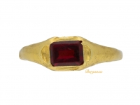 front view Medieval garnet gold ring, circa 13th-15th century.