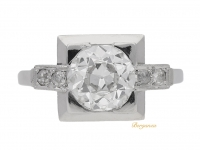front-view-Art-Deco-diamond-ring,-English,-circa-1925.-berganza-hatton-garden