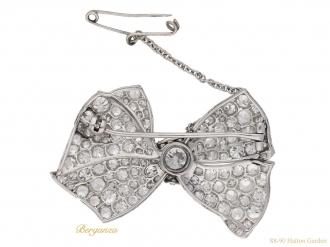 front-antique--diamond-bow-brooch-berganza-hatton-garden