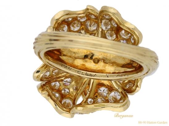mark-view-Van-Cleef-Arpels-diamond-ring-hatton-garden-berganza