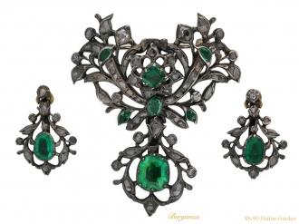front-view-Georgian-emerald-diamond suite,-berganza-hatton-garden