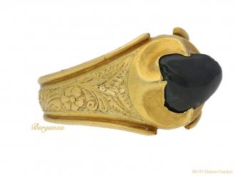 front-view-Medieval-Duchess-Lancaster-sapphire-ring-berganza-hatton-garden