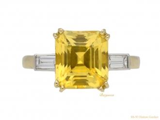 front-view-vintage-diamond-yellow-sapphire-ring-berganza-hatton-garden