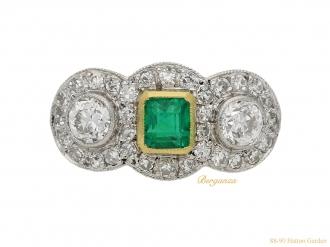 front-view-antique-diamond-emerald-ring-berganza-hatton-garden
