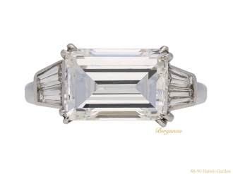 front-view-Vintage-Van-Cleef-&-Arpels-diamond-ring-berganza-hatton-garden