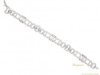 front-view-Art-Deco-diamond-bracelet-berganza-hatton-garden