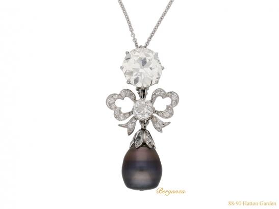 side-view-diamond-natural-pearl-brooch-hatton-garden-berganza