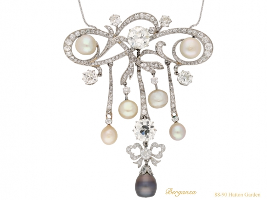 side-vie3w-diamond-natural-pearl-brooch-hatton-garden-berganza