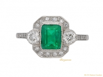 front-view-antique-emerald-diamond-ring-berganza-hatton-garden