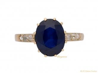 front-vintage-diamond-sapphire-ring-berganza-hatton-garden
