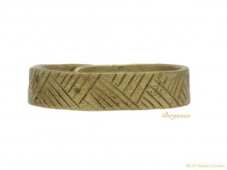 front-viking-gold-ring-berganza-hatton-garden