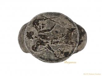 front-Ancient-Roman-victory-signet ring-berganza-hatton-garden