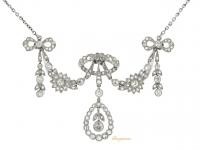 front view Belle Époque diamond pendant/brooch/tiara, circa 1905.