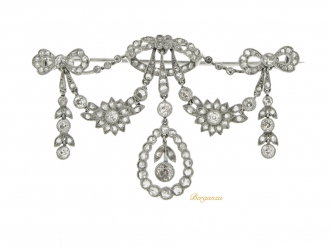 front-view-Belle Époque diamond necklace/brooch/tiara.