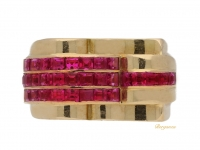 front view Ruby cocktail ring, French, circa 1940.