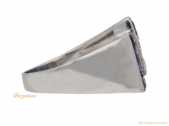 front-view-tiffany-diamond-sapphire-ring-hatton-garden-berganza