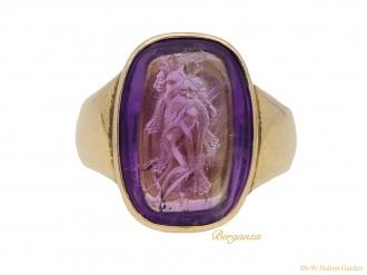 front-Antique-amethyst-intaglio-ring-berganza-hatton-garden