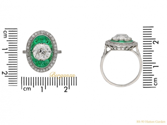 size-veiw-antique-diamond-emerald-ring-berganza-hatton-garden