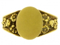 Antique yellow gold signet ring, French circa 1900.