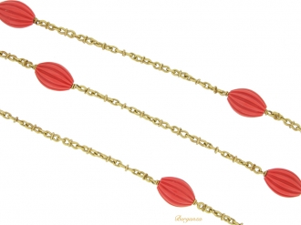 front view Fluted coral and gold necklace, French, circa 1970.