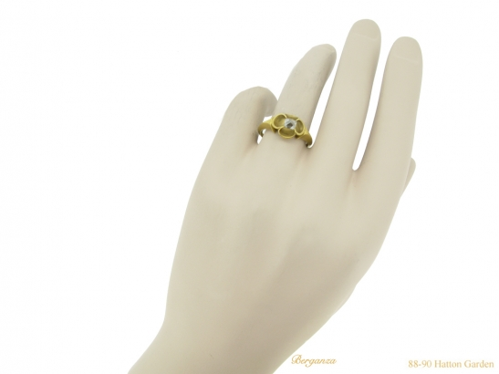 hand Medieval point cut diamond ring berganza hatton garden