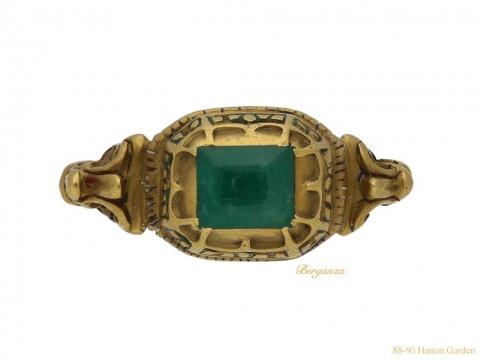 front Renaissance emerald gold ring hatton garden berganza
