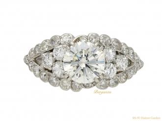 vinatge Chaumet diamond cluster ring berganza hatton garden