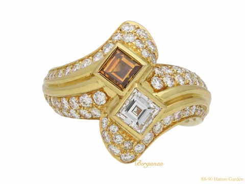 Two stone diamond crossover ring Boucheron berganza hatton garden
