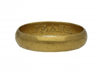 Gold posy ring 'FEARE GOD ONLY berganza hatton garden