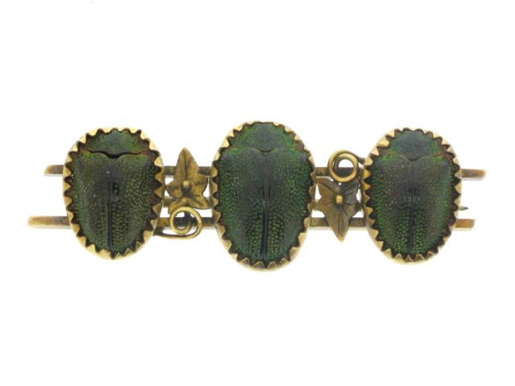 front view Antique three beetle brooch in gold