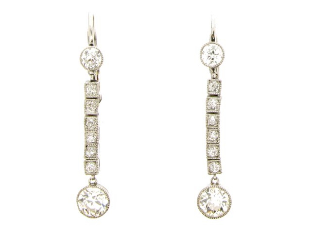 front view Diamond drop earrings, circa 1920.